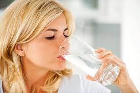 Lợi ích uống nước ấm vào buổi sáng Images?q=tbn:ANd9GcQuimTb9cdMFAyqgd6Dq1phBZTy1koN2NTNKfgNa8q_Gklh4U7DFA