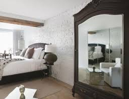 feng shui bedroom mirror rob melnychukgetty images bedroom tip bad feng shui