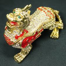 good luck prayer toy rhinestone with angle of old hicuu tzu r type hikyuu feng shui dragon figurine feng shui good luck wishing luck prayer lottery angle feng shui