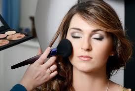 prehensive make up artistry m009