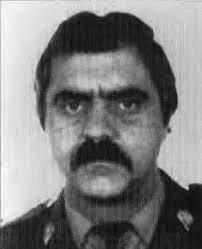 El 30 de enero de 1990 es asesinado en Galdácano (Vizcaya) el policía nacional JOSÉ IGNACIO PÉREZ ÁLVAREZ. Era la primera víctima mortal de las 25 de ese ... - jose_ignacio_perez_alvarez
