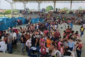 Thousands of Venezuelans flee to Colombia amid violence on ...