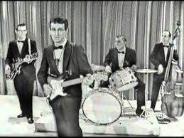 <b>Buddy Holly</b> & The <b>Crickets</b> - Peggy Sue (Sullivan 1957) - YouTube