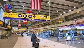 مونتريال - كندا تواجه خطر اعتناق موظفين في مطاراتها الفكر الجهادي