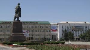 Власти Дагестана поддержали отстраненного депутатами <b>КПРФ</b> ...
