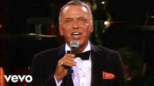<b>Frank Sinatra</b> - Strangers In The Night - YouTube