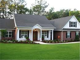 Ranch Style Homes  The Ranch House Plan Makes a Big ComebackHouse Plan     Traditional Ranch Style Home   Bonus Room