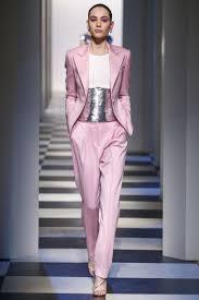 get ready for pink pantsuit nation designers are channeling the oscar de la renta