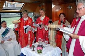 Resultado de imagen de mujeres sacerdotes catolicas
