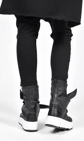 <b>Genuine Leather</b> Bow <b>Sneakers</b>
