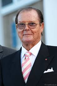 Sir <b>Roger Moore</b> eröffnet neues Europa-Park Hotel &quot;Bell Rock&quot; - A01_A17K0042-Jv01-01so_Roger_Moore