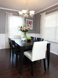 Two Tone Painting Chair Rail Molding Divides Two Toned Walls In This Neutral Dining