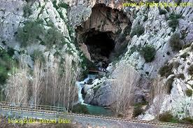 Resultado de imagen de imagenes de la cueva del gato