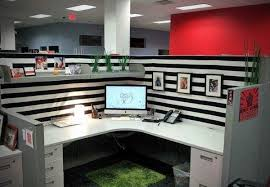 easy ways and practical cubicle decor ideas awesome cute cubicle decorating ideas cute