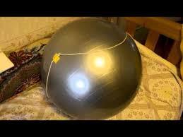 Накачка <b>гимнастического мяча</b> до нужного диаметра с помощью ...