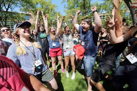 how to thrive in college a freshman survival guide deseret news how to thrive in college a freshman survival guide