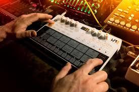 <b>IK Multimedia UNO</b> Drum – аналоговая драм-машина | ProSound