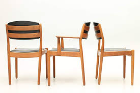 set of 4 side chairs and one arm chair by bmogensen brge cherner side chair csc05