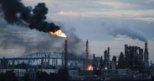 Fire prompts largest oil refinery on East Coast to permanently close ...
