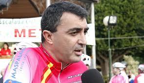 """Javier Guillén: """"Unipublic se opone a la reducción de días en la Vuelta"""". Comentamos en exclusiva con el máximo dirigente de la Vuelta a España las ... - article-Entrevista-a-Javier-Guillen-director-de-la-Vuelta-a-Espana-52d7d91799b95"""