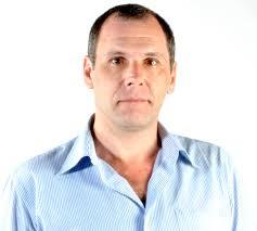 Mauricio Antonio Anzini Gasparotto. Graduado em Jornalismo pela Universidade Metodista de São Paulo (1991) e mestrado em Comunicação Social pela ... - Prof.-Mauricio