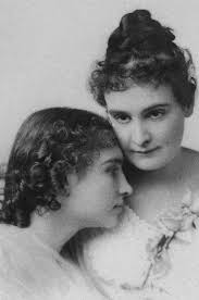 best ideas about anne sullivan helen keller headshot portrait of deaf blind and mute writer helen keller her teacher and companion anne m sullivan keller wrote the miracle worker