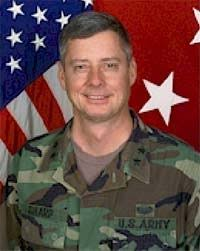 NATO/SFOR Informer: Commander MND-N - s000930a