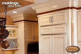 kitchen moldings: click to view mldlightbox click to view