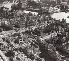 Znalezione obrazy dla zapytania gdansk 1945 r zdjecia