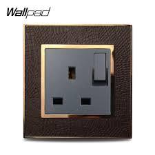 <b>Wallpad</b> L1 Gold Metal Frame Switched 13A <b>UK</b> 3 Pin Plug Wall ...
