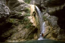 jobs in adventure how to become a canyoning guide have a career change and become a canyoning guide