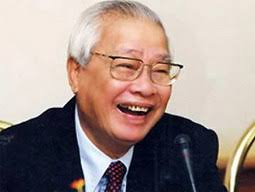 1993: Japanese Prime Minister since November 1991, Kiichi Miyazawa resigns after losing a vote of no confidence. 2000: Malaysian former prime minister Anwar ... - Vo-Van-Kiet