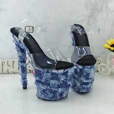 <b>Ultra High Heels</b>