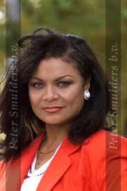 Donna Lynton 2209011.jpg - Donna%2520Lynton%25202209011