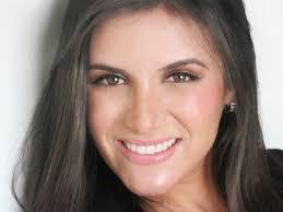 Silmara Lopes é atriz, modelo e estuda jornalismo na Estácio de Sá. Sempre animada, ... - silmara