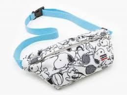 <b>Levi's</b>® x Peanuts® <b>Small Banana Sling</b> Bag - Regular White