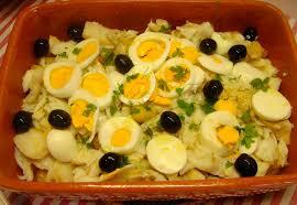 Resultado de imagem para salada de bacalhau