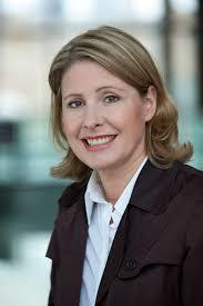<b>Katrin Müller</b>-Walde ist Dipl.Volkswirtin und Journalistin. - M%25C3%25BCller-Walde