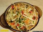 Приготовить салат из капусты с яблоком