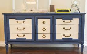 do understand the style of the piece and use paint to enhance that style painting furniture with chalk paint chalk paint furniture