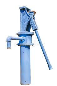<b>Ручная водяная помпа</b> изолированная на белой предпосылке ...