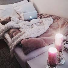 college bedroom decor winter is fast approaching and so your bedroom should be looking winter ready not sure