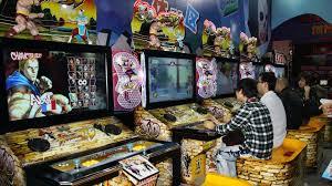 「street fighter 2 arcade machine」の画像検索結果