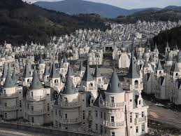 Disney <b>castle city</b> sits deserted due to Turkey building bust ...