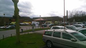 lincolnshire talks why are so many ambulances having to wait queues of ambulances outside lincoln county hospital photo trev green