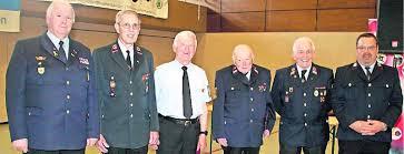 Ehrung für 60 Jahre Mitgliedschaft in der Feuerwehr (von links): KFV-Vorsitzender Georg Flesch, die Jubilare Ortwin Zimmer, Rudolf Braun und Theo Scheid mit ... - 3133762_3_mg-Ehrungen_des_KFV__fuer__7050-G4U4VMAB1.1-ORG