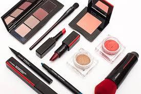 Новый макияж <b>Shiseido</b>: свотчи и отзывы | Beauty Insider