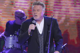 Eagles' <b>Don Henley</b> asks Congress to change copyright law
