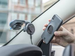 <b>Car Kit</b> - All iPhone Devices with optional Wireless Charging Head ...