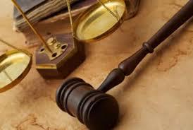 как найти юриста
